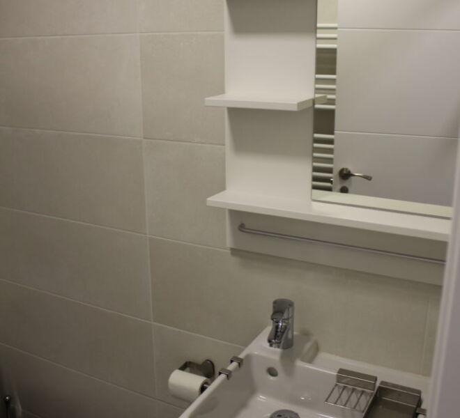 hab6-bathroom1-e1503330732526-683x1024