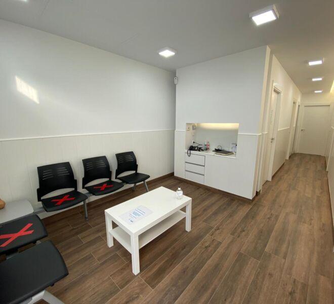 sala-de-espera-clinica-podologica